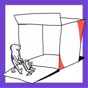 Matkailutoimija kulkee laatikon ohi lapsensa kanssa, joka on rattaissa. Kuvan kehys on violetti.